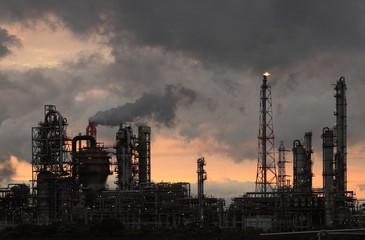 石油化学コンビナート