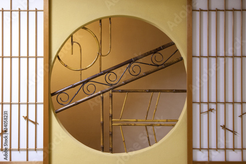 和室の丸窓