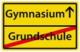 Gymnasium nach der Grundschule Schild Ortsausgangsschild poster