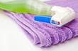 detergente con panno viola
