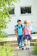 Schulkinder auf dem Nachhauseweg