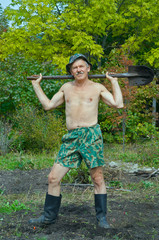 Man with spade 6
