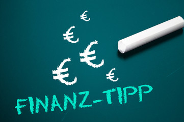 Tafel mit Finanz-Tipp