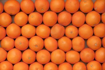 Apfelsinen in der Kiste