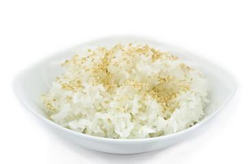 Готовый рис с семенами кунжута