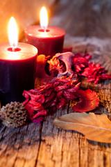 candele con fiori secchi