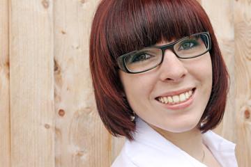 Gutes Aussehen und Selbstbewusstsein durch eine schöne Brille
