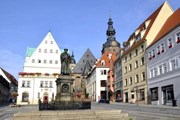 Eisleben Marktplatz mit Lutherdenkmal