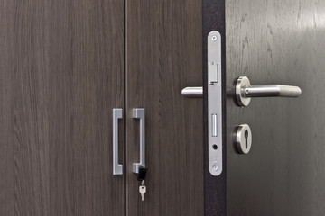 offene Tür Türgriff © Matthias Bühner