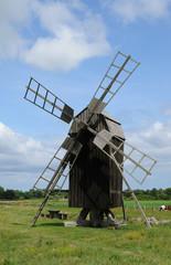 moulin à Lerkaka dans l'île d'Oland en Suède