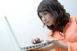 lycéenne étudiante ordinateur