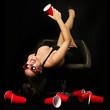 sexy Frau mit rotem Becher