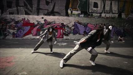 Women team dance clip