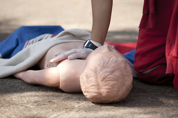 cpr practice on dummy