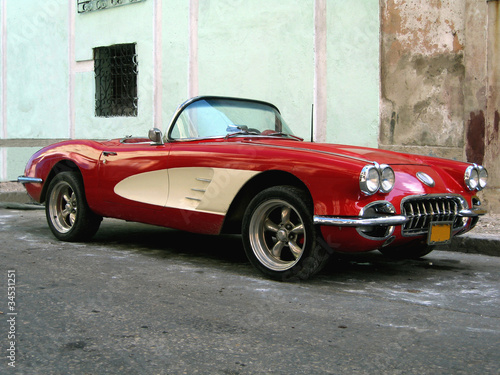 Foto op Canvas Cubaanse oldtimers Old sport car in Havana