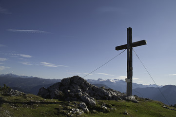 Summit Cross III.