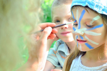 face mask cjild carnival painting