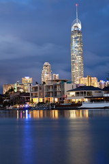 q1 building in gold coast at night