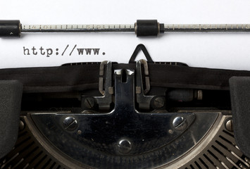 internetaddresse mit schreibmaschine geschrieben
