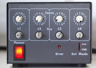 Regolatore di intensità elettronico