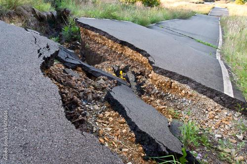 Erdbeben - 34676646