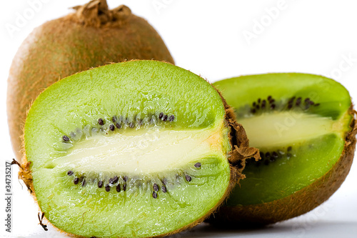 Fresh, tropical green kiwi fruit.