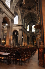 Eglise Saint-Suplice, allée Centrale