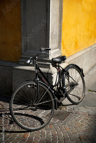 Italian old-style bicycle © StefanoT