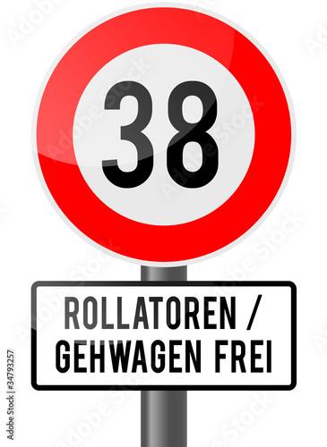Gamesageddon 38 Geburtstag Rollator Frei Lizenzfreie Fotos