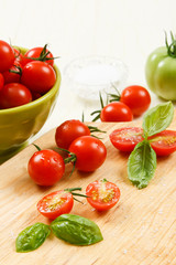 Sliced Cherry Tomatoes with Basil