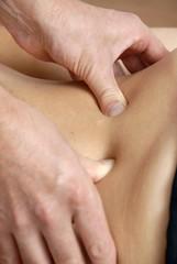femme kinésithérapie osthéopathie