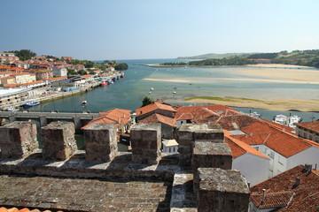 Vista de San Vicente de la Barquera, Cantabria.