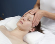 massage thérapeutique de la tête