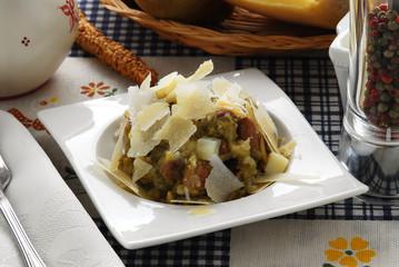 Entremés de ejotes patatas y parmesano