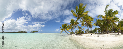 panoramiczny-widok-na-plaze-paradise