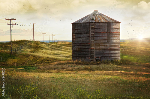 Abandoned wood grain storage bin in Saskatchewan