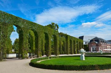 Schlosspark Schwetzingen Baumschnitt