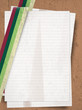 Pila de hojas de papel estilo retro