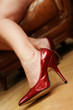 beine in roten pumps high heels
