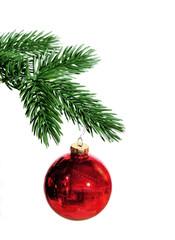 Tannenzweig mit Weihnachtsschmuck