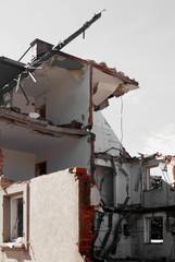 Abriss Wohnhaus desaturated