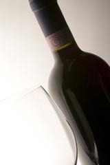 vino e bicchiere