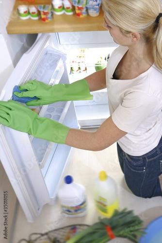Hygiène alimentaire - Nettoyage du réfrigérateur