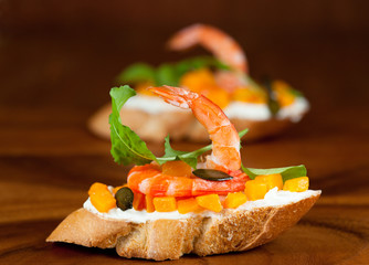 Shrimp and pumpkin toast