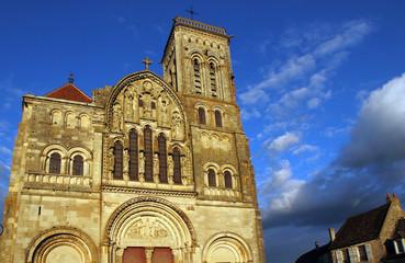 La façade de Vézelay