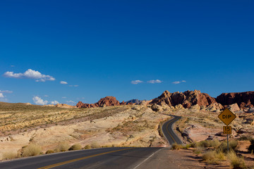 route traversant la Valley of Fire