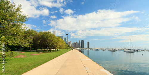 Fotobehang Grote meren Lake Michigan lakeshore trail in Chicago
