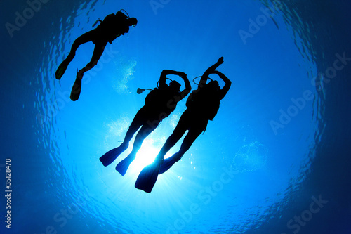 Scuba Diving Students and Instructor - 35128478