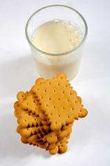 leche con galletas