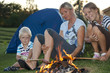 Lagerfeuerromantik mit Kindern
